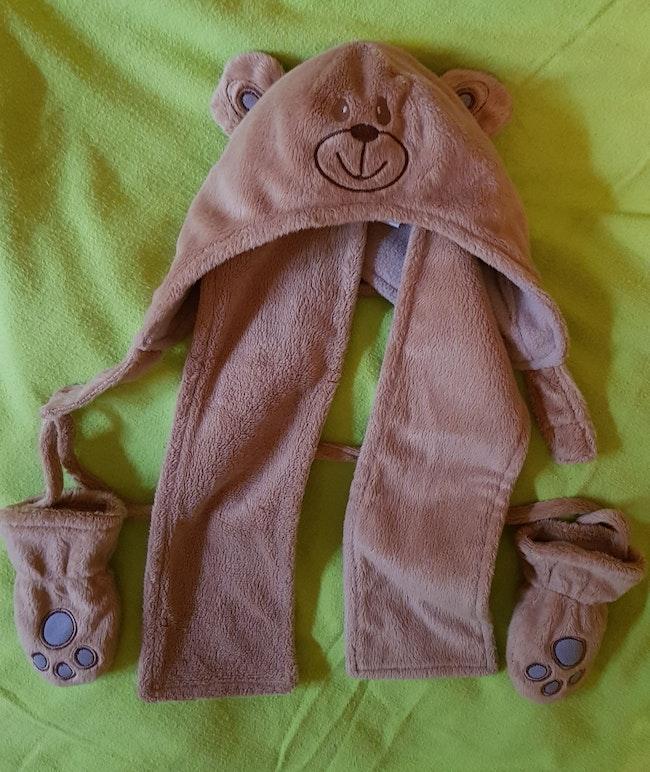 Bonnet gant écharpe  T3 à 6 mois