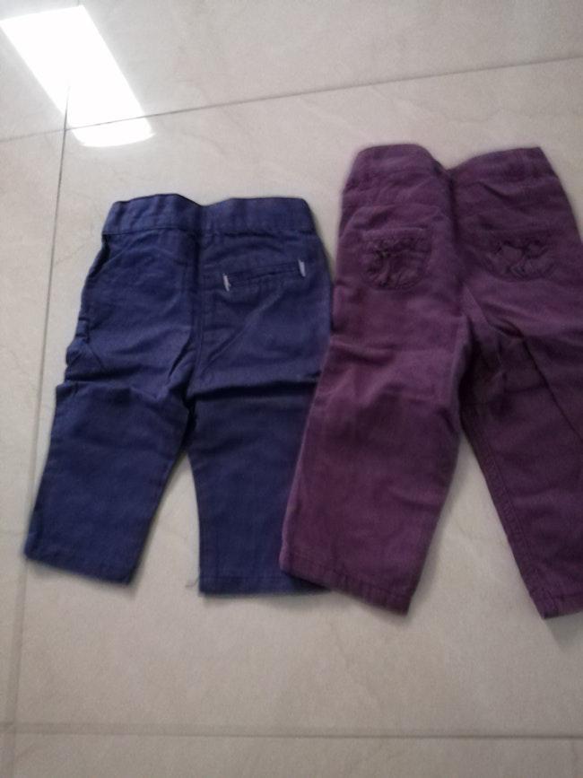 2 pantalons 9 mois