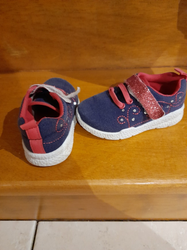 Chaussure fille 22