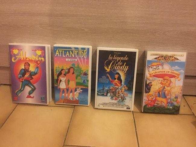 Lot de 4 cassettes dessins animés enfants