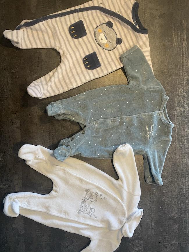 Lot vêtements bébé