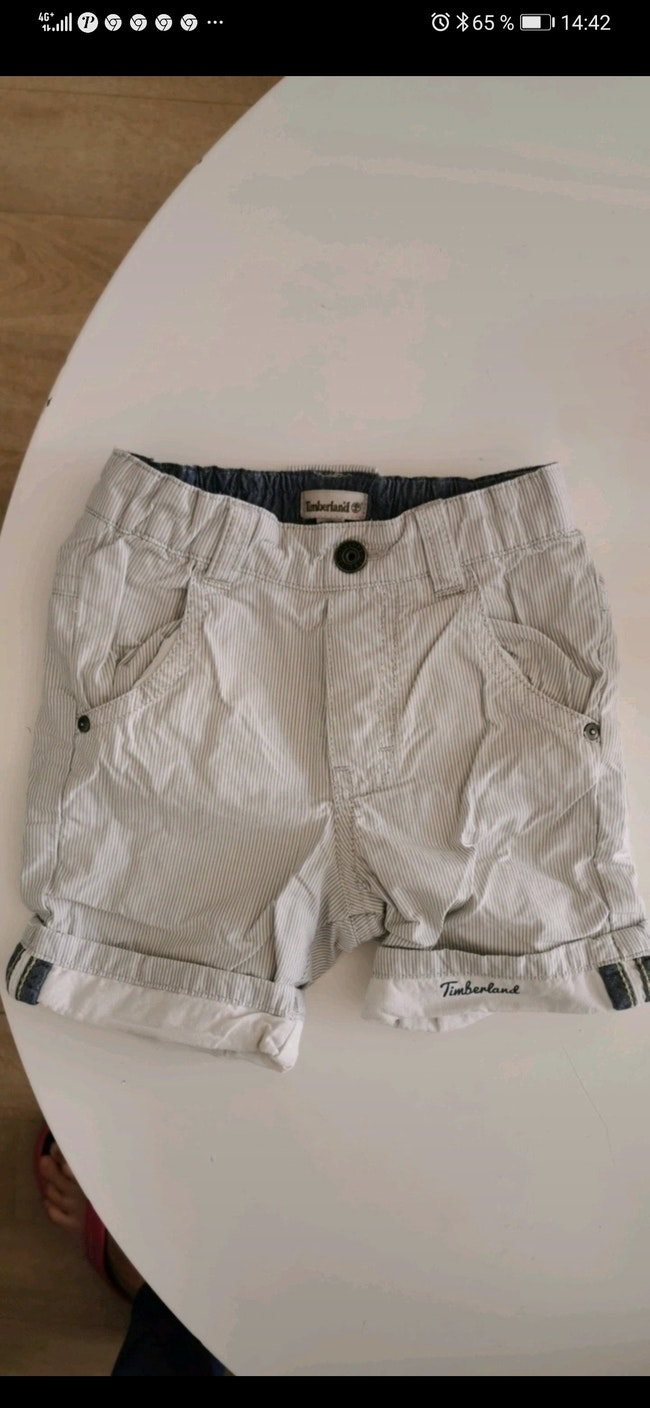 Bermuda timberland taille 12 Mois