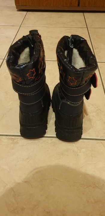 Bottes neige taille 25.