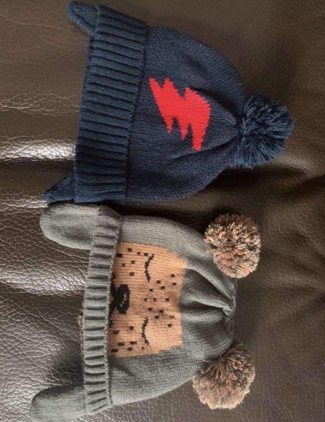 Bonnets en tricot