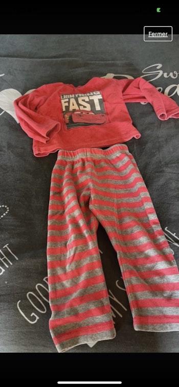Pyjamas 2 pièces velours Cars