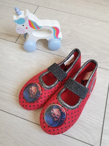 Chaussons fille taille 25