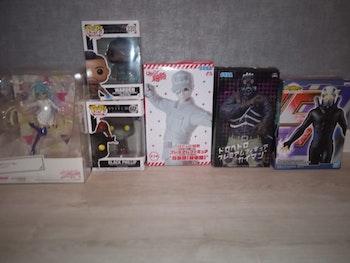 Lot de 6 figurines de collections