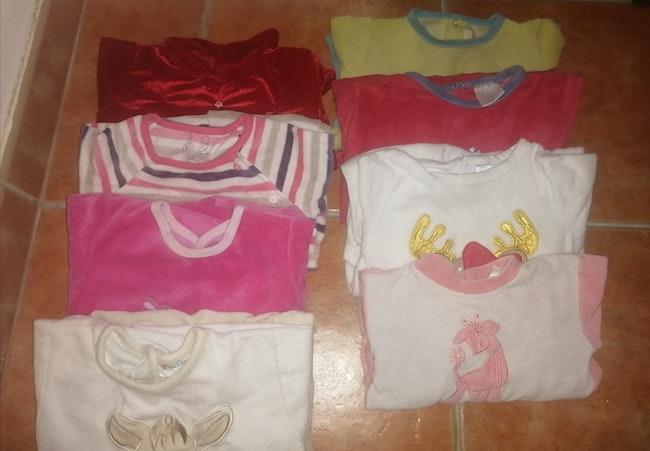 8 pyjamas taille 18 mois