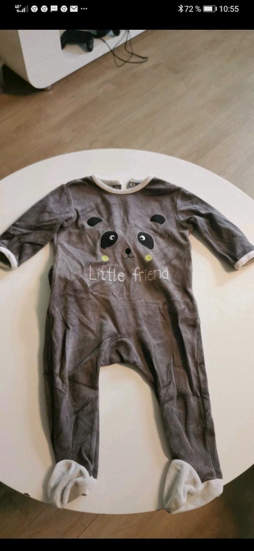 Pyjama en velours Kiabi taille 18 Mois
