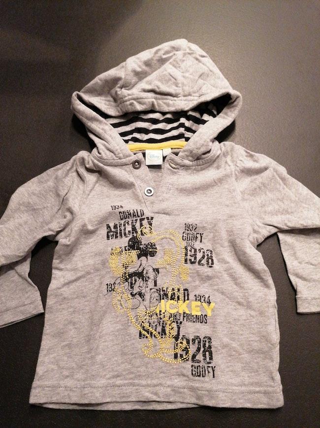 T-shirt à capuche 12 mois