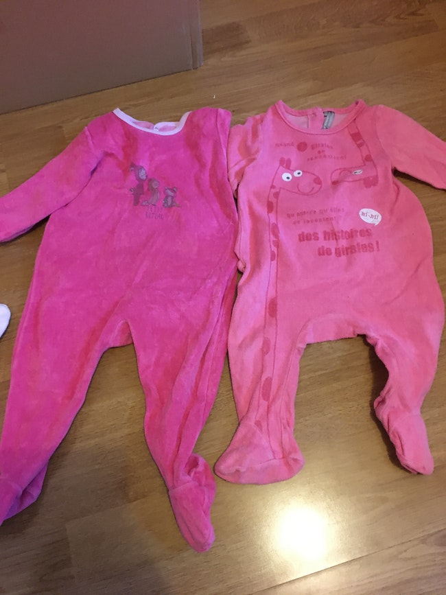 Lot pyjamas 12 mois