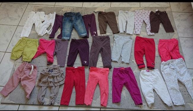 Lot 24 pantalons et leggings 12 mois