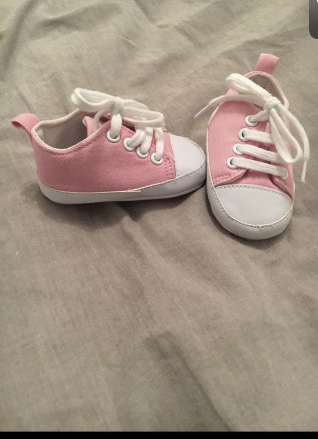 Petite chaussure rose