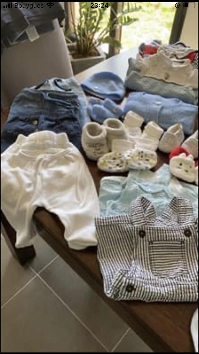 Lots de vêtement entier