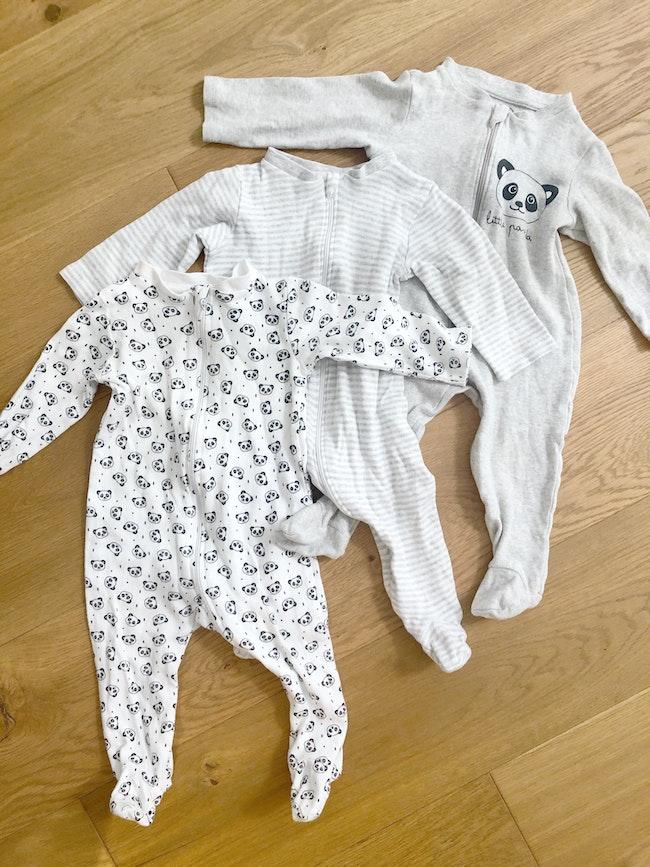 3 pyjamas légers à zippe