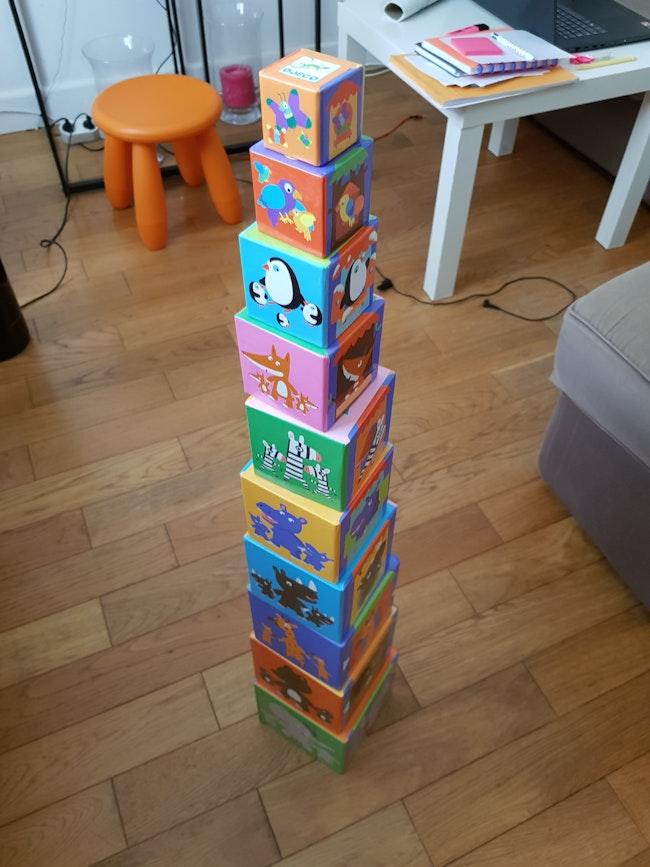 10 cubes imagers à empiler