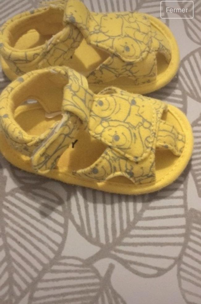 Sandale winnie l'ourson 3 mois