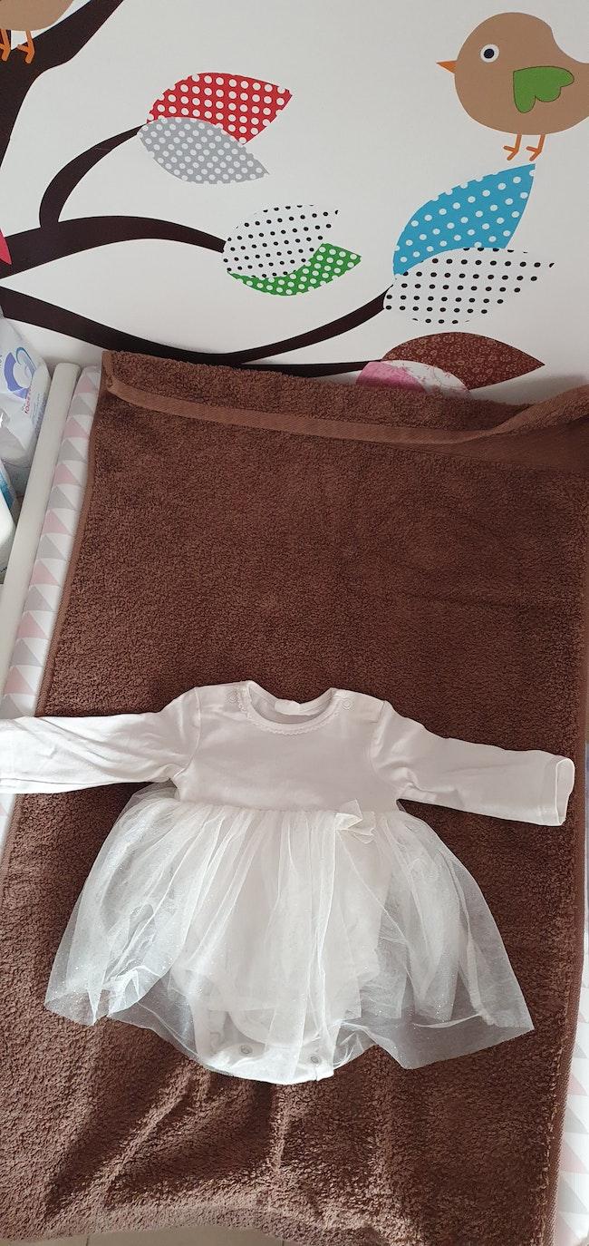 Petite robe body fille 1 mois